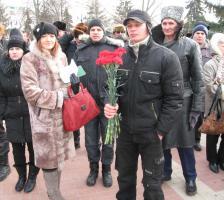 В Белгороде в День защитника Отечества коммунисты провели митинг