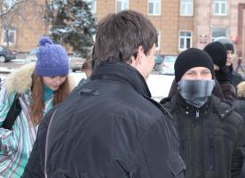 Белгородские власти сорвали акцию комсомола в защиту памятника Ленину