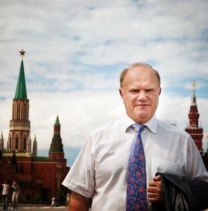 Г.А. Зюганов: Дать стране честные выборы! Специальное заявление в связи с инициативой `Единой России` заключить соглашение в МЧС