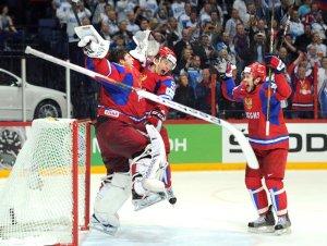 Россия, наконец, чемпион! Обыграв в финальном матче хоккеистов Словакии со счётом 6:2, наша команда стала чемпионом мира