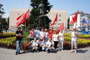 Белгородские коммунисты провели автопробег в честь Дня освобождения Белгорода