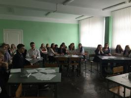 Белгородская область: молодой депутат коммунист провела встречу со студентами техникума.