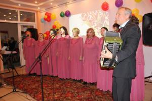 Советская песня звучит в День матери
