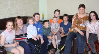 Детям из многодетных семей помог депутат Сергей Гаврилов